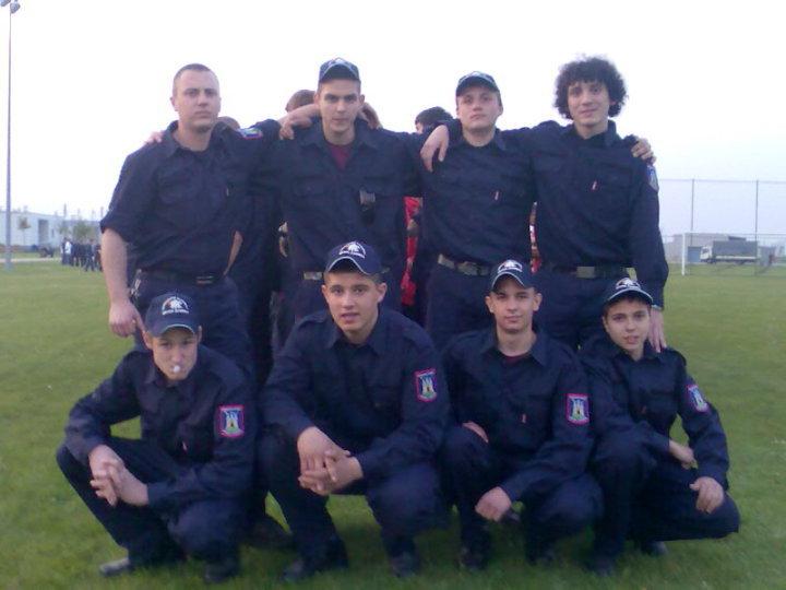 Ekipa koja je osvojila drugo mjesto na natjecanju vatrogasne zajednice Grada Zagreba